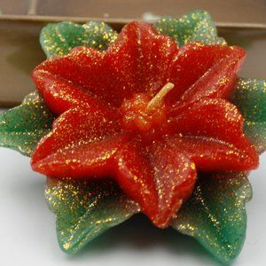 Poinsettia Floating Candles